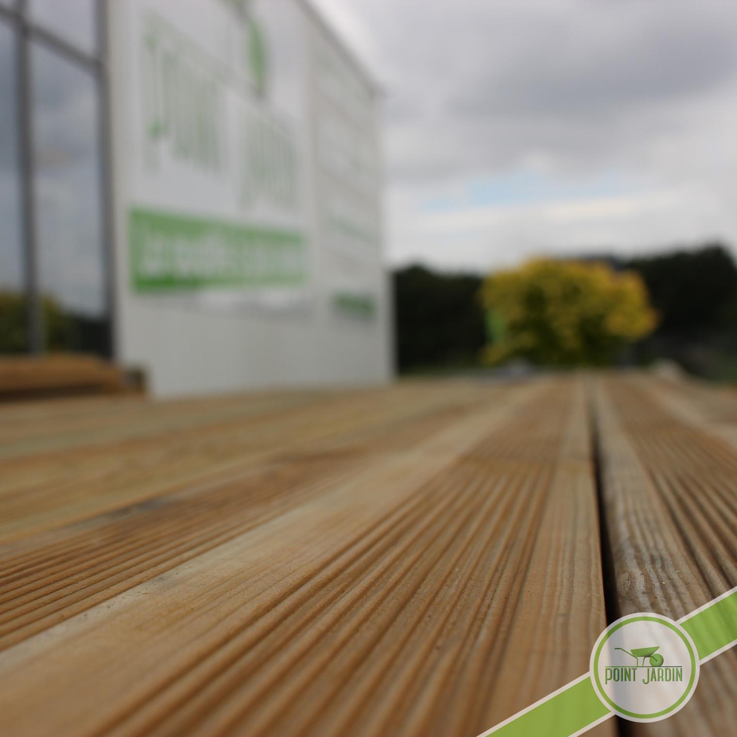 lame terrasse pin cl 4 decoration jardin point jardin. Black Bedroom Furniture Sets. Home Design Ideas