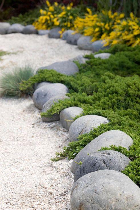 Bordure galet noir et gravier décoration - Point Jardin
